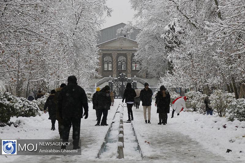هیچ یک از معابر اصلی پایتخت به علت بارش برف مسدود نشده است