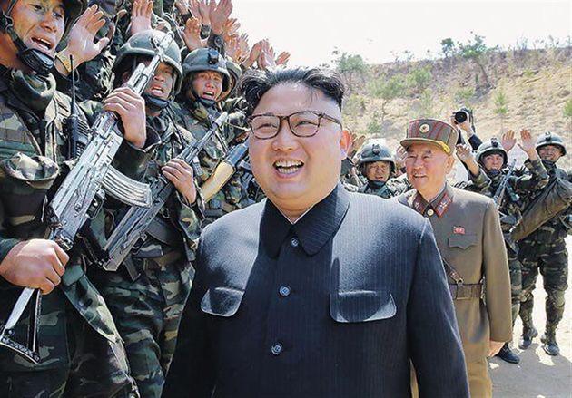 سرکشی رهبر کره شمالی از توپخانه نزدیک مرز کره جنوبی