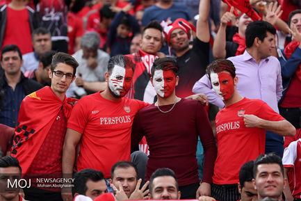 دیدار تیم های فوتبال پرسپولیس و سپیدرود رشت