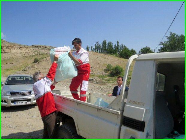 اعزام ۹ کاروان نیکوکاری هلال احمر لرستان به مناطق محروم