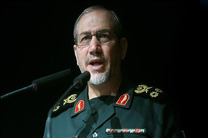 قدرت نظامی ایران بالاترین قدرت نظامی در منطقه است/ آمریکایی ها جرات حمله به ایران را ندارند