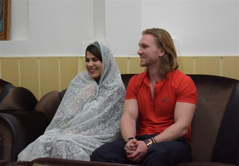 """تشرف یک """"جوان مسیحی"""" به اسلام در رشت"""