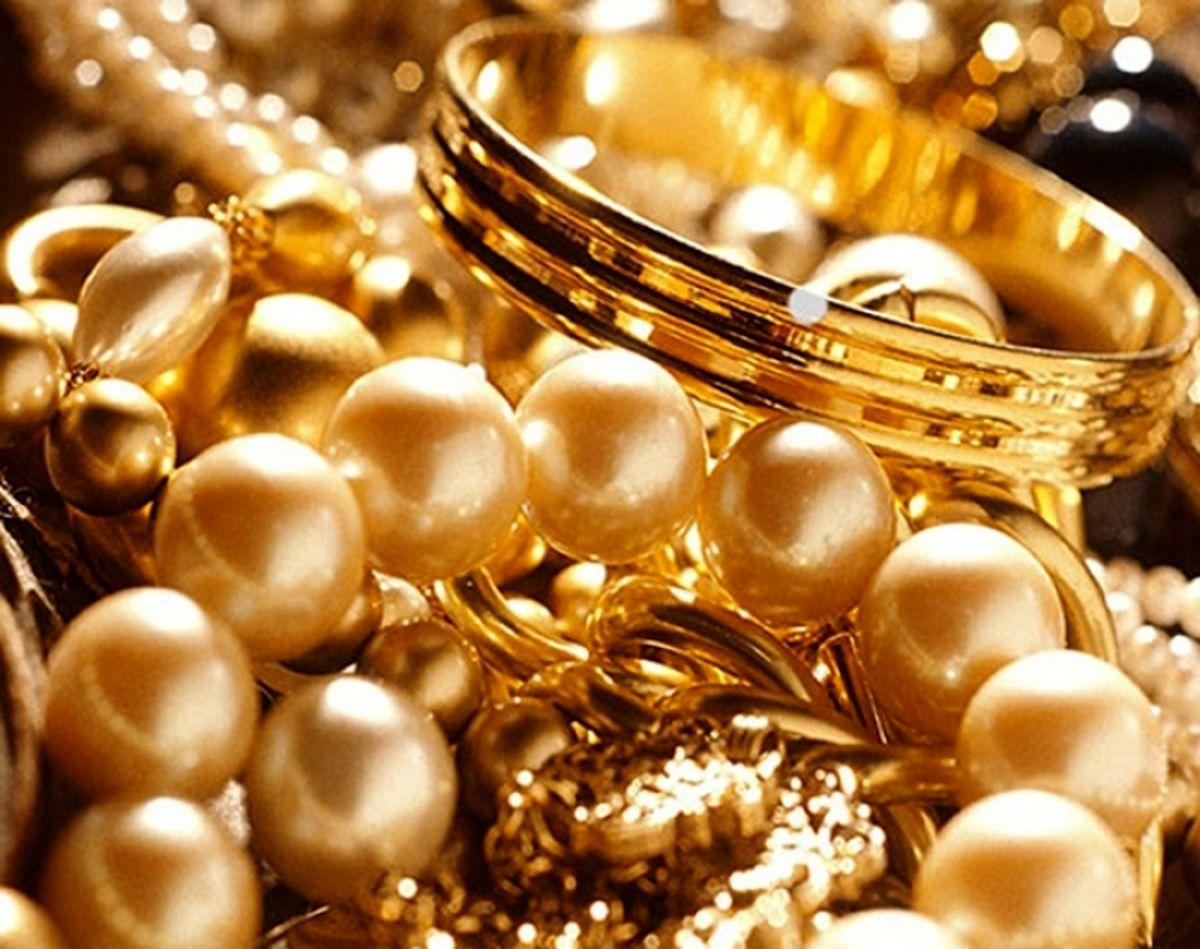 تاثیر سهمیهبندی بنزین بر قیمت طلا / افزایش خرید طلا با گرانی بنزین