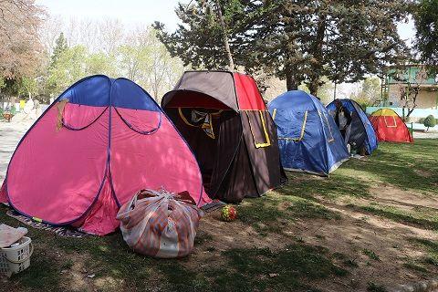 آماده سازی پارکهای ملت و نسیم  در سنندج برای اسکان مهمانان نوروزی