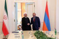دیدار و رایزنی روحانی با نخست وزیر ارمنستان