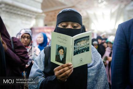 حضور شرکتکنندگان مسابقات قرآن در حرم امام خمینی (ره)