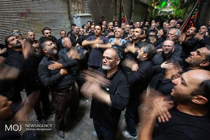 حال و هوای ظهر تاسوعا در بازار تهران