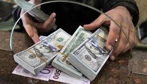 بحران ارزی موجود در کشور حل شدنی است