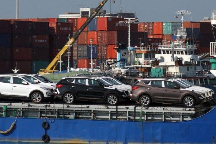 شکوفایی ترانزیت خودرو در بندر تجاری لنگه/بیش از 1000 دستگاه خودرو در کمتر از 18 ساعت تخلیه شد