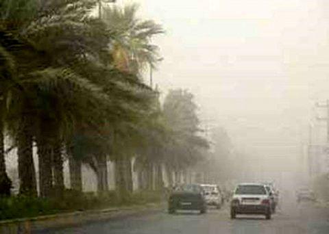 آسمان خوزستان شاهد گرد و غبار، تندباد و باران است