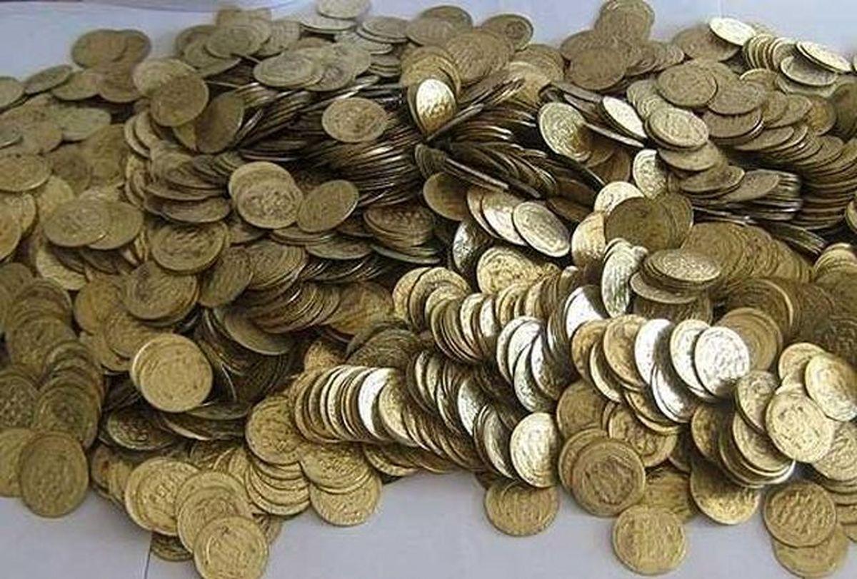 کشف ۱۱۴ عدد سکه عتیقه از دو قاچاقچی اشیای تاریخی