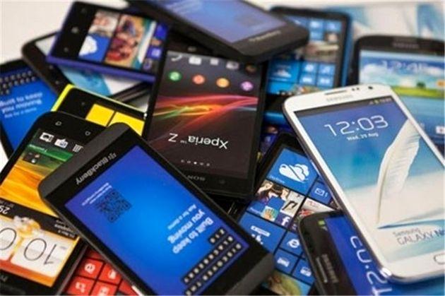 شائبه رانت اطلاعاتی در واردات موبایل