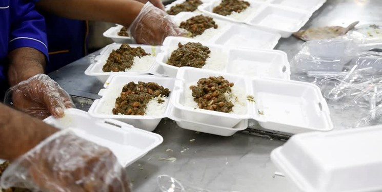 توزیع 350 پرس غذای گرم بین خانواده های نیازمند در جرقویه علیا