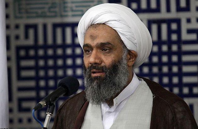 عامل مهم پیروزی انقلاب اسلامی وحدت حوزه و دانشگاه بود