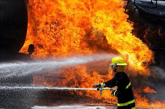 آتشسوزی خوابگاه دخترانه در خیابان فردوسی/حادثه  مصدوم و تلفات جانی نداشت