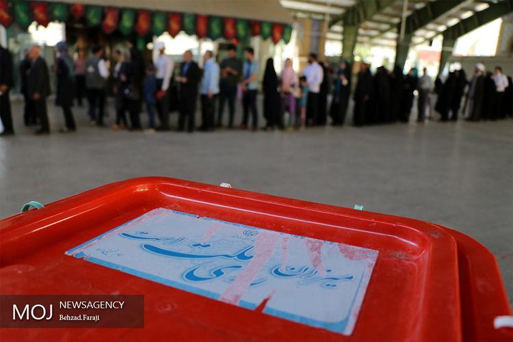 بازشماری پانزده صندوق تهران با حضور نماینده لیست خدمت/ تخلفی مشاهده نشد