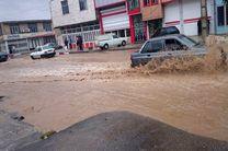 بارش باران منجر به برگشت فاضلاب به 25 خانه و آبگرفتگی 120 نقطه کرمانشاه شد