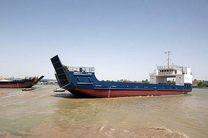 نجات یک فروند لندینگ کرافت از غرق شدن در هرمزگان