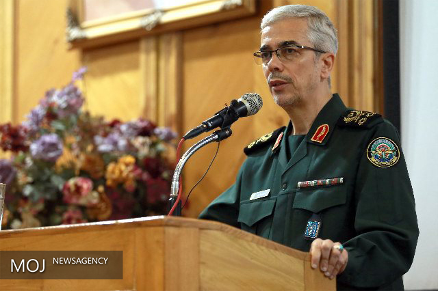 دشمنان از هیچ دشمنی و توطئه ای علیه ملت ایران دریغ نکردند