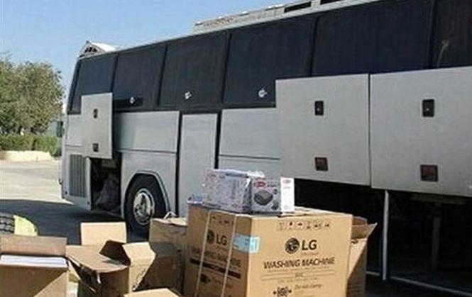 کشف محموله میلیاردی کالای قاچاق از اتوبوس مسافربری در سمیرم
