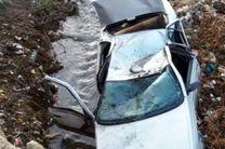 یک دستگاه خودروی پژو به رودخانه کشکان سقوط کرد