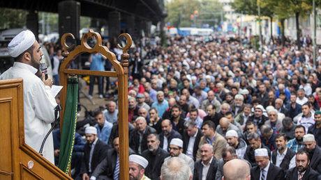 فراخوان مسلمانان برای تظاهرات 10 هزار نفری در کلن علیه افراطگرایی