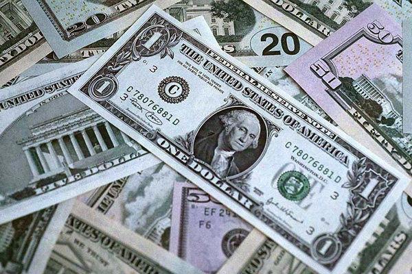 دلار دولتی ۳۲۶۷ تومان شد