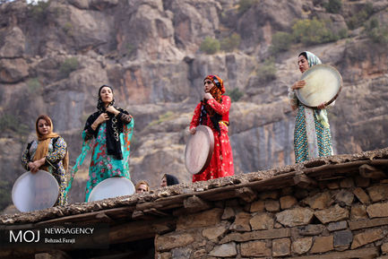 مراسم+شکرگزاری+برداشت+انار+در+روستای+زردویی+شهرستان+پاوه+