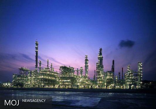کاهش هنگفت سرمایه گذاری ها در صنعت نفت