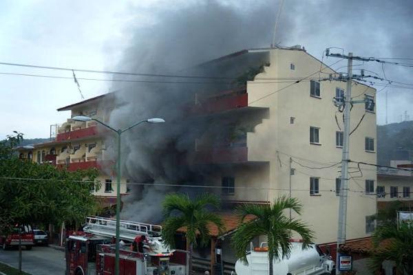 انفجار در هتلی در کالیفرنیا 2 مجروح برجا گذاشت