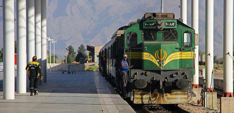 اختصاص ۷ رام قطار فوق العاده در مسیرهای مختلف ریلی