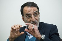 ایران به سمت برداشتن گام دوم در برجام حرکت می کند