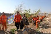 پاک سازی حاشیه کناری اتوبان ذوب آهن با حضور مسئولین ادارات فلاورجان