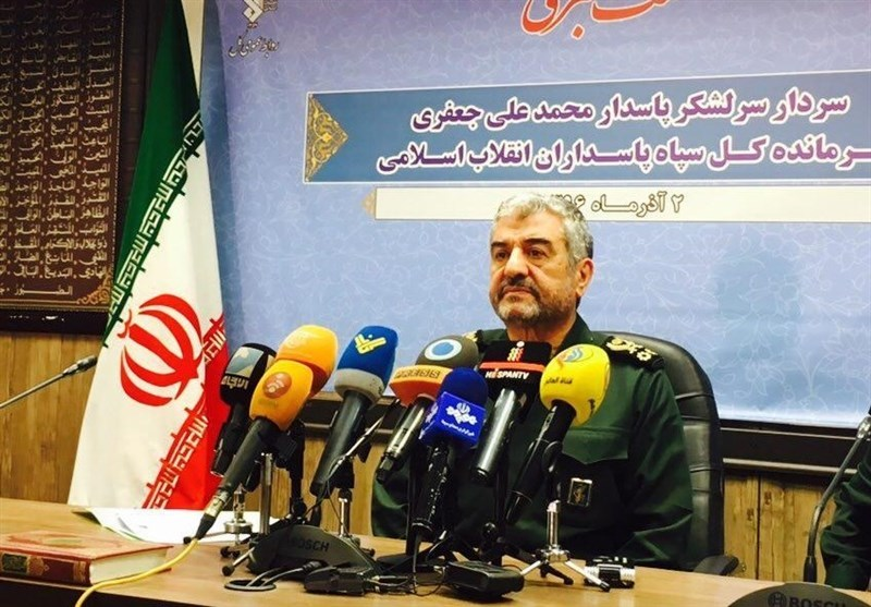 بسیج مظهر مقاومت ملت ایران و امت اسلامی در منطقه است