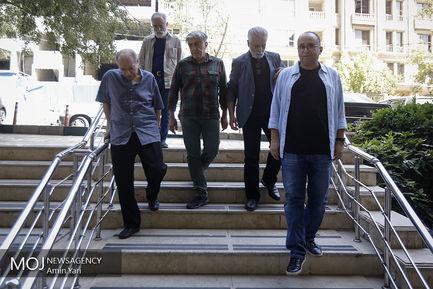 حضور اهالی سینما در خانه عزت الله انتظامی