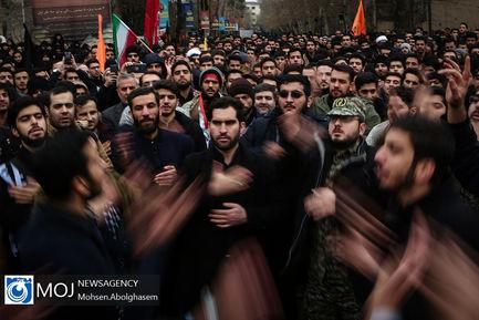 اجتماع+دانشجویان+دانشگاه+تهران+در+پی+شهادت+سردار+سلیمانی+(۲) (1)