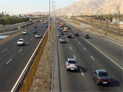 ثبت ۷.۶ میلیون تردد در محورهای استان فارس/ 11 هزار تخلف از سرعت مجاز در محورهای فارس ثبت شد