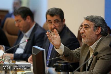 نشست اجرایی وزیر کشور با تولید کنندگان صنایع غذایی
