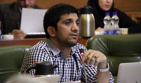 قرائت گزارش بودجه 96 شهرداری تهران در شورا/ افزایش سهم حمل و نقل عمومی و مدیریت بحران