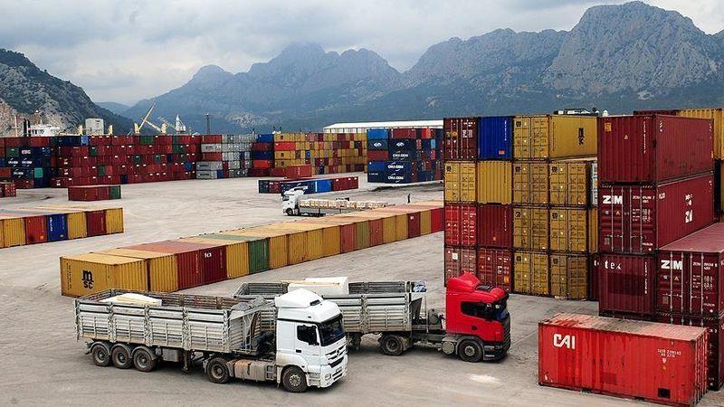 رشد 12 درصدی واردات از مرزهای زمینی به ایران