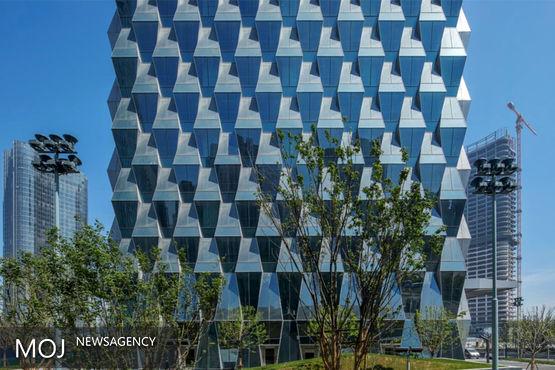 برج پکن با پنجره های دوزنقه ای مصرف انرژی را کاهش می دهد