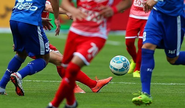 شماره پیراهن بازیکنان استقلال و پرسپولیس مشخص شد