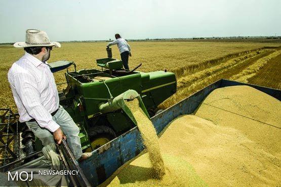 توزیع چندین دستگاه ماشین آلات و ادوات کشاورزی در اسفراین