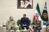 فرمانده ارتش پاکستان با امیر سرلشکر موسوی دیدار کرد
