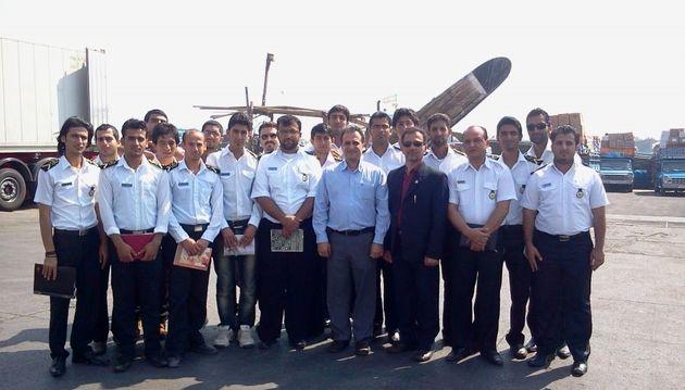 ورود دریانوردان ایرانی به بنادر خارجی امکان پذیر شد