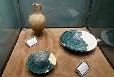 نمایشگاه اشیاء کشف شده شهر زیر زمینی نوش آباد در موزه ملی باغ فین کاشان