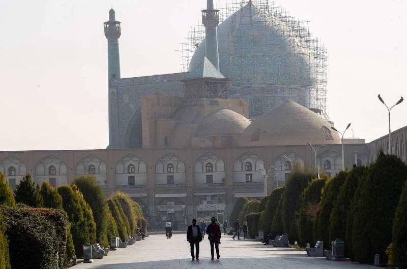 هوای اصفهان ناسالم برای گروه های حساس / شاخص کیفی هوا 103