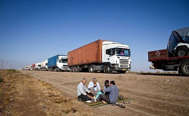 حل معضلات تردد کامیونهای حامل مشتقات نفتی در مرز افغانستان