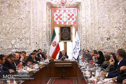 جلسه شورای اطلاع رسانی دستگاه های اجرایی با حضور علی لاریجانی