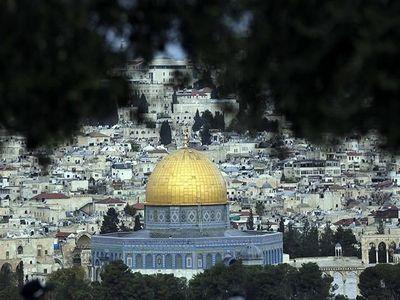 مستکبران بدانند هر توطئهای در بیتالمقدس با پاسخ کوبنده مسلمانان مواجه خواهد شد